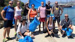 Bodrumspor Yüzücüleri Çöpleri Topladı…