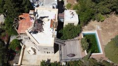 Can Dündar'ın Villasının Kaçak Bölümleri Yıkılıyor…