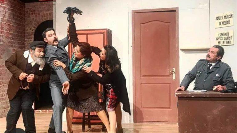 Bodrum Belediyesi Şehir Tiyatrosu Sağlık Çalışanları İçin Sahnede…