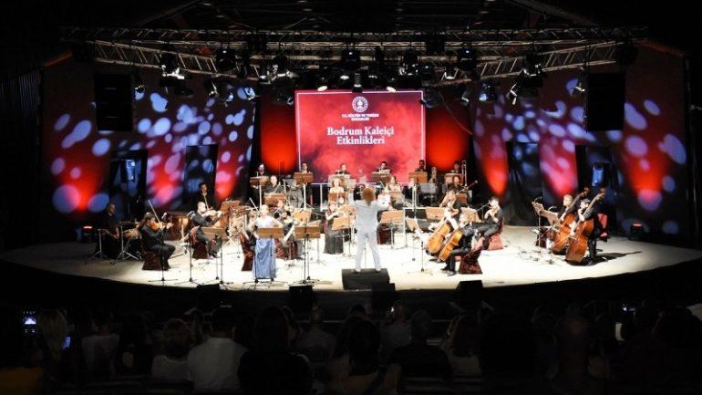 """""""The Fun Time Of The Opera"""" Konseri Keyif Verdi…"""