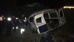 İki Araca Çarpan Panelvan Devrildi: 1 ölü, 1 yaralı