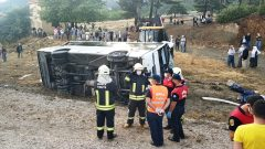 İşçi Minibüsü Devrildi: 1 Ölü 12 Yaralı…