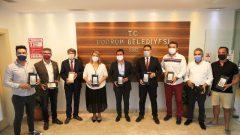 Başkan Aras'tan Öğrencilere Tablet Desteği…
